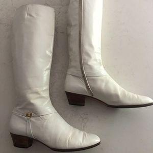 Vintage white leather Ferragamo boots